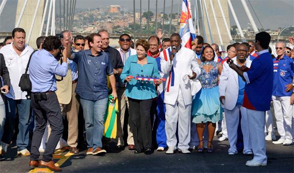 Dilma inaugura ponte estaiada, estacao do BRT e obras de ampliacao do Terminal 2