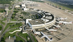 Consorcio assume operacao do Aeroporto do Galeao e anuncia investimentos