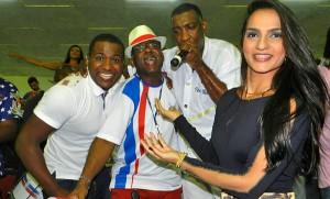 Dez composicoes permanecem na disputa de samba da Uniao da Ilha