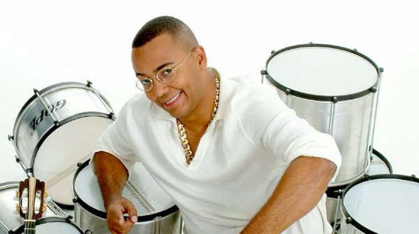Show do cantor Dudu Nobre para comemorar o aniversario da Ilha do Governador