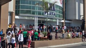 Incendio em loja fecha o Ilha Plaza Shopping