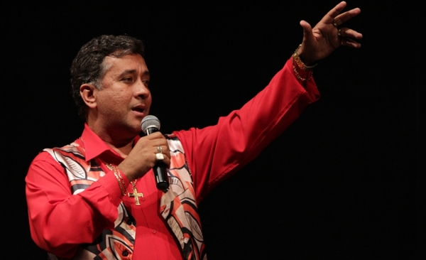 Paulinho Gogo se apresenta na Lona Cultural Renato Russo neste sabado dia 23