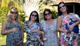 Grupo em rede social ajuda mães e pais através da troca de experiências