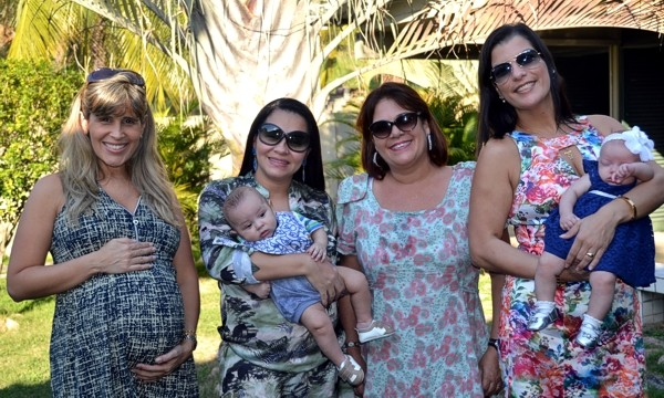 Grupo em rede social ajuda maes e pais atraves da troca de experiencias