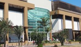 Ilha Plaza contrata para vagas temporárias