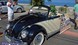 Encontro de Carros Antigos na Praia da Bica