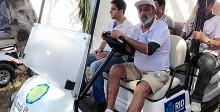 Prefeitura entrega 17 carros eletricos em Paqueta e da fim a tracao animal