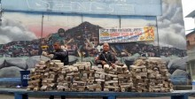 Policia Militar apreende cerca de 400kg de maconha no Morro do Dende