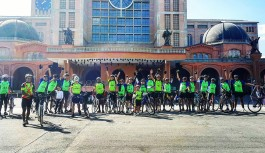 Ciclistas da Ilha percorrem 270km em romaria de bicicleta até Aparecida do Norte