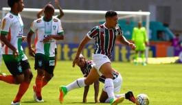 Fluminense realiza peneira com a presença de Douglas Augusto