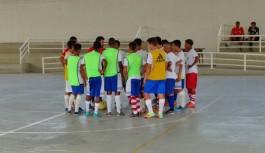 Seleção Estadual Sub-15 treina na Vila Olímpica da Ilha do Governador