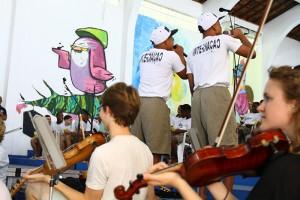 orquestra-sinfonica-da-holanda-se-apresenta-nas-unidades-do-degase-na-ilha-do-governador-2