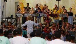 Orquestra sinfônica da Holanda se apresenta nas unidades do Degase, na Ilha do Governador