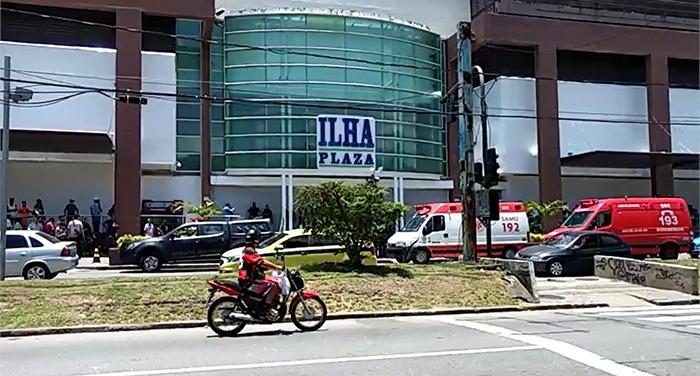 Tentativa de assalto a joalheria termina em tiroteio no Ilha Plaza Shopping