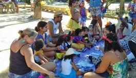 Bloco infantil 'O Fuxico' animou o domingo da criançada