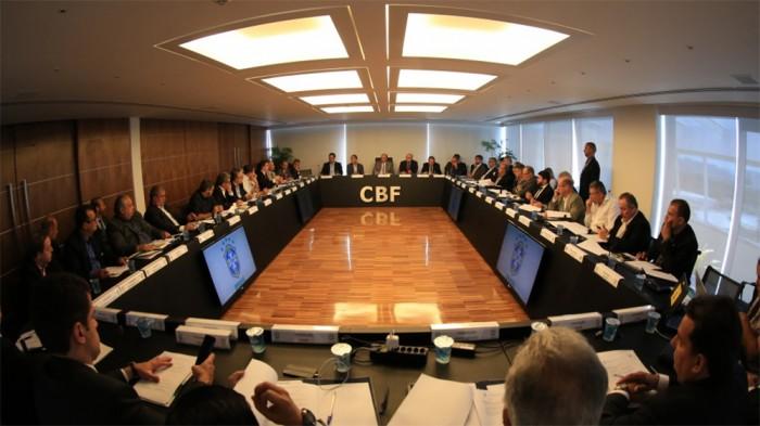 Clubes se reunem e aprovam mudancas na Serie B do Brasileirao