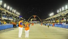 Viagem de táxi do Sambódromo para a Ilha custará R$136,00 durante o carnaval