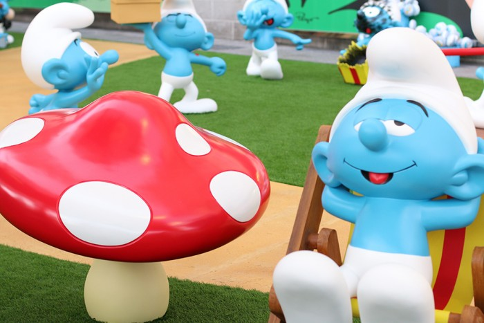 Os Smurfs invadem o Ilha Plaza Shopping