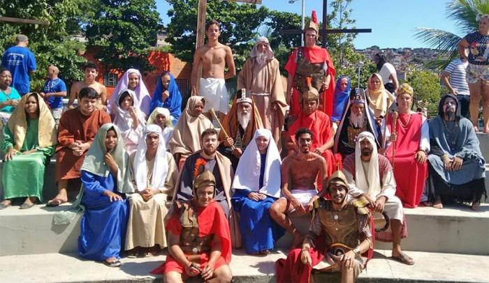 A equipe de atores - Foto: Divulgação
