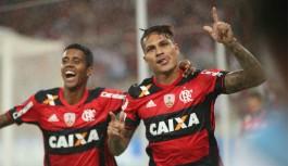 Com gols de Guerrero e Diego, Flamengo vence Atlético-PR no Maracanã