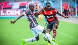 Flamengo e Fluminense empatam em partida disputada no Espírito Santo