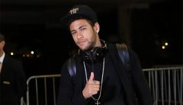 Por R$ 813 milhões, TV crava saída de Neymar do Barcelona
