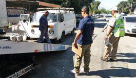 Prefeitura atua na Ilha do Governador para coibir estacionamento irregular